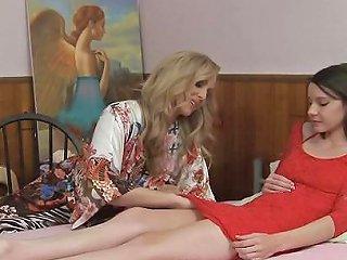 Lesbian Teen Guided By Sensual Milf Julia Ann Free Porn B4